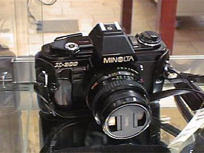 1 kamera minolta X-300, 1