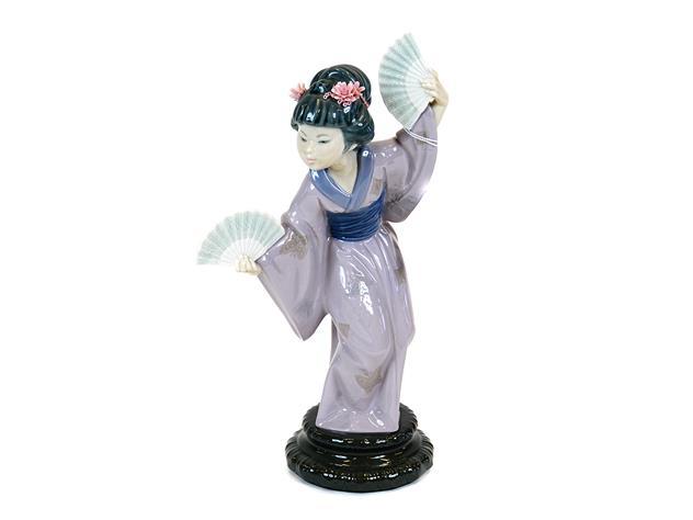 Figurin Lladro, Dansande